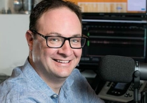 Adrian Wojnarowski Will Be 'Very Visible' Now That He's Working For ESPN