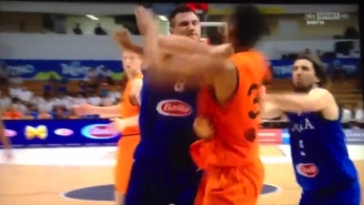 Danilo Gallinari May Have Hurt Himself Punching An Opponent In An Italian National Team Game