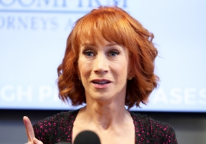 Kathy Griffin Takes Back Her Apology For That Controversial Trump Photo: 'The Whole Outrage Was BS'