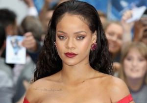 Rihanna's World-Stopping 'Valerian' Premiere Dress Is Still Making Waves Hours Later