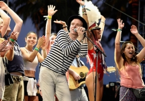 Indie Rock Legends Belle & Sebastian Announce Their Own 'Boaty Weekender' Mediterranean Cruise