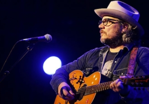 Wilco's New Song 'All Lives, You Say' Came At The Perfect Time And Benefits A Great Cause