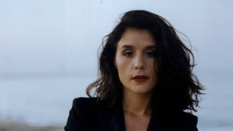 Jessie Ware Announces Her New Album 'Glasshouse' With The Gigantic, Yearning Ballad 'Alone'