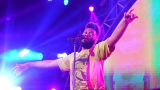 Watch Khalid's Sweetly Acoustic Cover Of SZA's 'The Weekend'