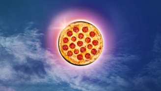 Pizza Hut Has A Fast and Easy Hack To Help You Watch The Solar Eclipse