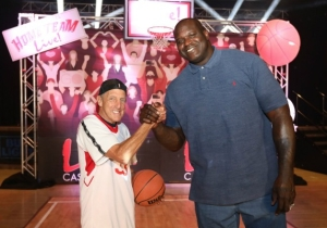 Yes, Shaq Really Had A Free Throw Contest With A 77-Year-Old Casino Owner