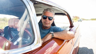 Anthony Bourdain's Biggest Travel Pet Peeve Is Something We Can All Relate To