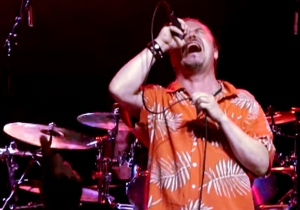 Dead Cross Tears Off Faces And Asks For A 'Thank You' At Riot Fest