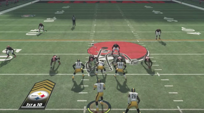 Madden 18' Defenses Are Freaking Out At The 'Gun Monster Formation'