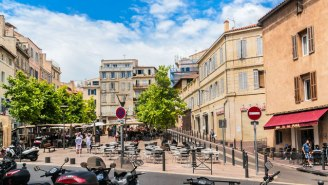 A Group Of U.S. Tourists Has Been Attacked With Acid In Marseille, France