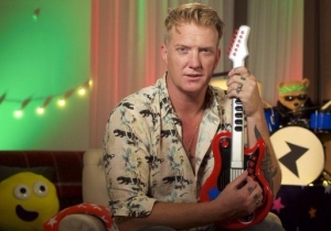 Josh Homme Has A Friend Named Snoop-Bop Meatball In A Clip From His Appearance On 'Bedtime Stories'