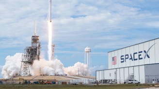SpaceX Launched A Secret Robot Spacecraft From Kennedy Space Center While Irma Approached