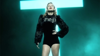 Taylor Swift Releases Her New Single, 'Ready For It,' After Previewing It During A Football Broadcast