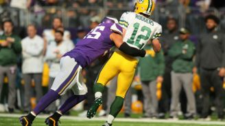 Aaron Rodgers And Anthony Barr Are Still Fighting Over Rodgers' Broken Collarbone
