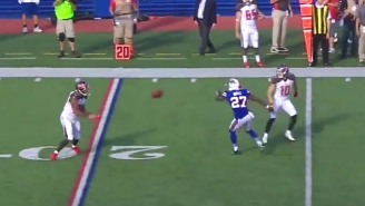 Tampa Bay's Final Play Against Buffalo Included A Bunch Of Laterals And Went For -2 Yards