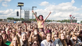 Over Half Of Young People Have Gone To Concerts Alone, And They Seem Pretty Stoked About It