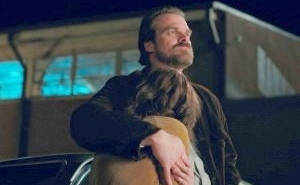 David Harbour Ships Joyce Byers And Jim Hopper On 'Stranger Things'