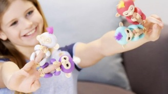 Everything You Need To Know About Fingerlings, The Hottest Toys This Holiday Season