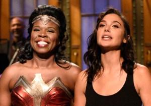 'SNL' Scorecard: Gal Gadot Finally Meets The Times Square Wonder Woman