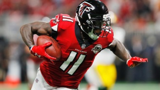 Falcons WR Julio Jones Was Knocked Out Of Sunday's Game With A Hip Injury