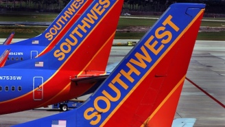 Southwest Pilot Tammie Jo Shults Sounded Cool As A Cucumber After One Of Her Plane's Engines Exploded