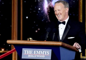 Only One Person Would Talk To Sean Spicer Backstage At The Emmys, And It Was Sadly Adorable