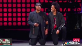 Stevie Wonder Takes A Knee During His Global Citizen Performance