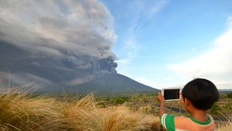 A Bali Volcano Prompts The Highest Eruption Alert As Officials Urge 100,000 People To Evacuate The Danger Zone