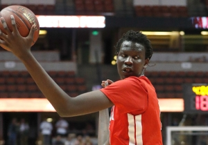 Bol Bol Headlines A Loaded Field At The 'Like Mike' Invitational In Chicago