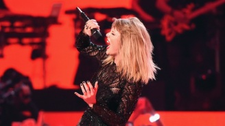 Taylor Swift's 'Reputation' Album Reportedly Sold 800,000 Copies On iTunes — In The First Hour
