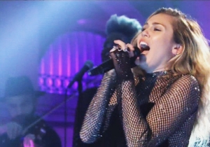 Miley Cyrus' Kicks Off Her 'Saturday Night Live' Performances With 'Bad Mood'