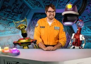 'Mystery Science Theater 3000' Will Return To Netflix For A Second Season