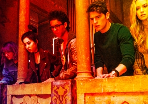 The Cast Of 'Runaways' Talks About Bringing Marvel's Super-Powered Teenagers To Life