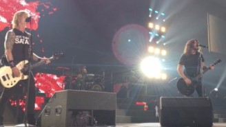 Dave Grohl Joined Guns N' Roses For 'Paradise City' In Tulsa And There Was A Lot Of Headbanging