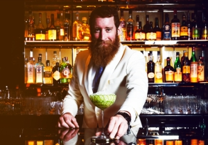 A Famous Bartender Shows You How To Make His 'Cucumber' Cocktail For Your Holiday Soiree