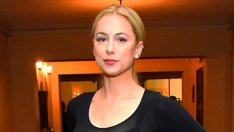 Comedian Iliza Shlesinger Is Being Sued For Barring Men From A 'Girls Only' Show