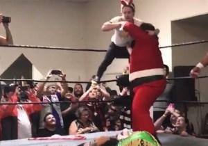 Macaulay Culkin Used 'Home Alone' Traps To Help Santa Win A Wrestling Match