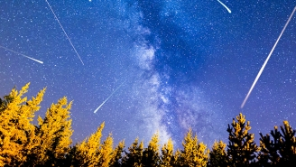 The Geminid Meteor Shower: How To Catch Tonight's Fireworks
