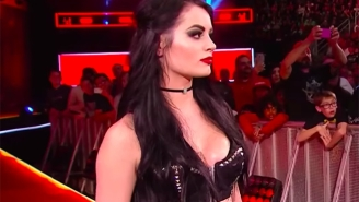 Paige May Have Suffered An Injury At A WWE Live Event