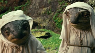 'Star Wars' Fans Missed Out On A Fun Scene With Luke Skywalker And His Space Nun Caretakers In 'The Last Jedi'