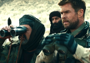 Jerry Bruckheimer's '12 Strong' Is A Stunningly Lame Attempt To Revive Bush-Era Boot Polishing
