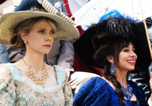 Natasha Leggero And Riki Lindhome Discuss 'Another Period,' Séances, And Being The Boss