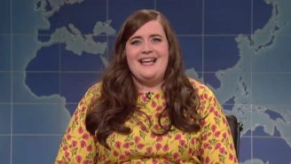 Aidy Bryant Takes Aim At The 'All The Money In The World' Reshoot Pay Controversy On 'SNL'