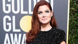 Debra Messing Calls Out E! For Paying Its Female Co-Hosts Less Live On E!'s Golden Globes Coverage