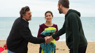 'Juliet, Naked' Stars Rose Byrne And Ethan Hawke In A Home Run Of A Hornby Adaptation
