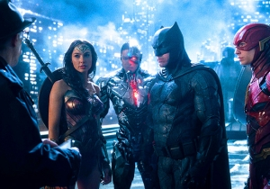 'Wonder Woman' Director Patty Jenkins Doesn't Think There Should Be Another 'Justice League' For A While