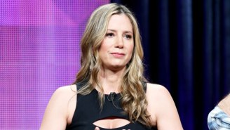 Mira Sorvino Apologizes To Dylan Farrow For Working With Woody Allen Despite Molestation Allegations Against Him