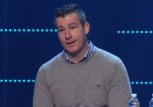 A Megachurch Pastor Received A Standing Ovation After He Admitted To Sexually Assaulting A Minor