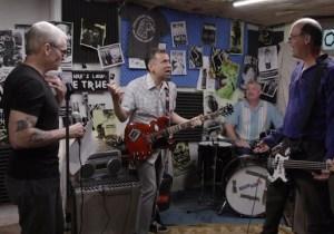 Fred Armisen Reunites With 'Former Bandmates' Henry Rollins And Krist Novoselic On 'Portlandia'