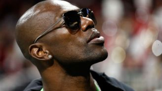 Terrell Owens Claims Jason Garrett Wanted To Get Him Off Of The Cowboys In A Twitter Rant